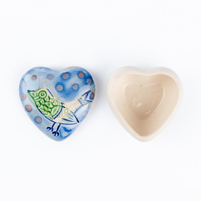 Cutiuță bijuterii din ceramică, inimă albastră, detaliu pasăre [3]