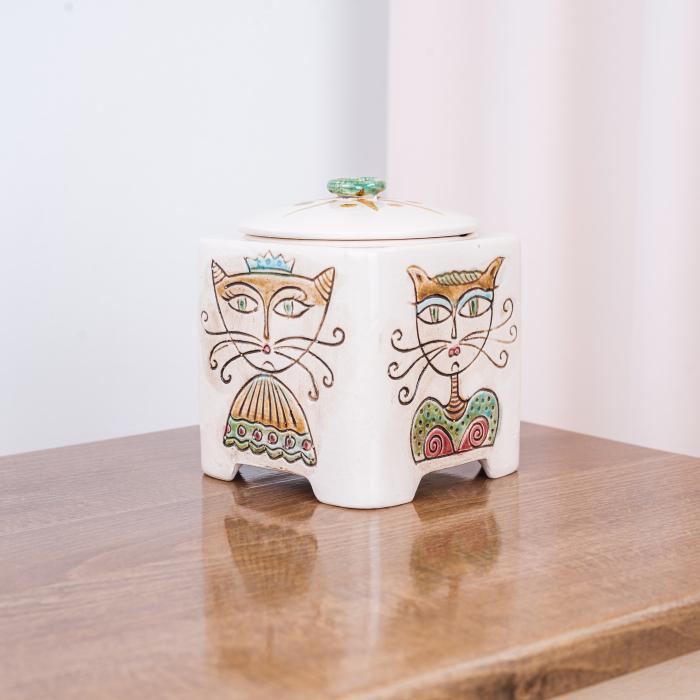 Recipient decorativ din ceramică pentru biscuiți [0]