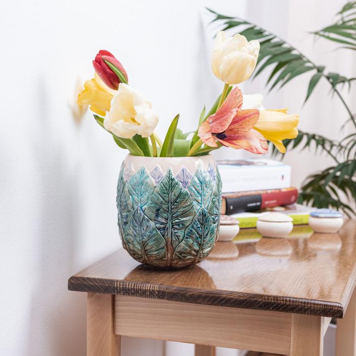 Vază pentru flori realizată manual din ceramică [1]