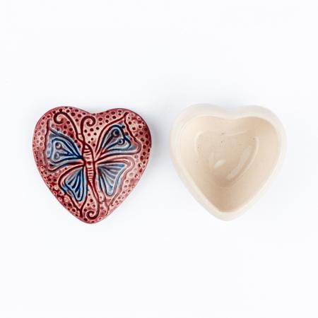 Cutiuță bijuterii din ceramică, inimă roșie, detaliu fluture [4]