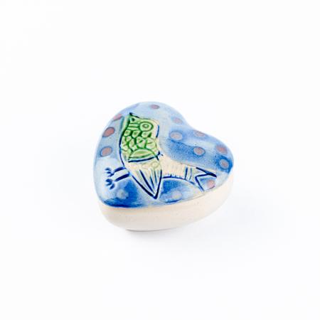 Cutiuță bijuterii din ceramică, inimă albastră, detaliu pasăre [2]