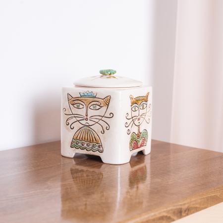 Recipient decorativ din ceramică pentru biscuiți [1]