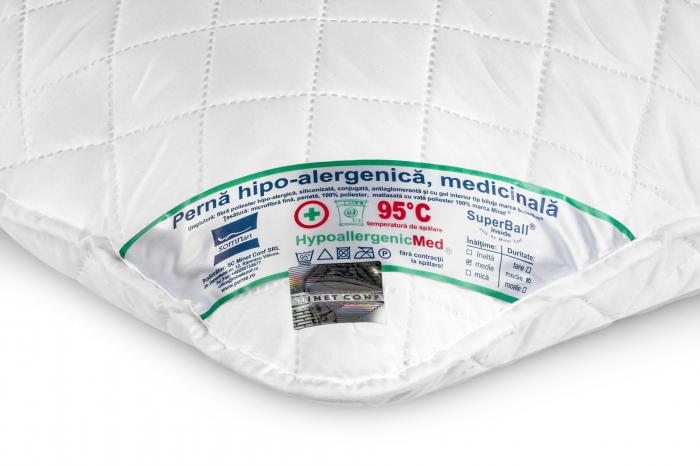 Perna HypoallergenicMed, lavabila la 95°C – 60 x 60 cm [1]