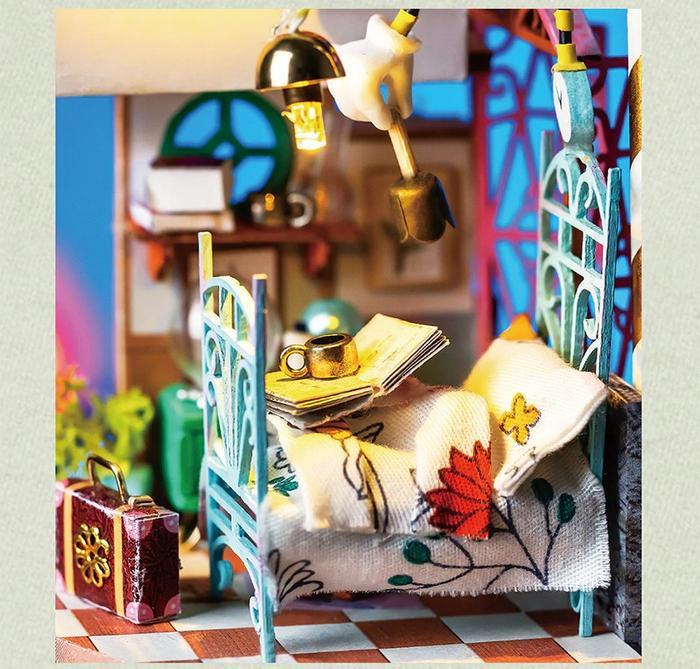 Puzzle 3D, Casuta DIY, Lumea misterioasa - Casuta cu flori 4