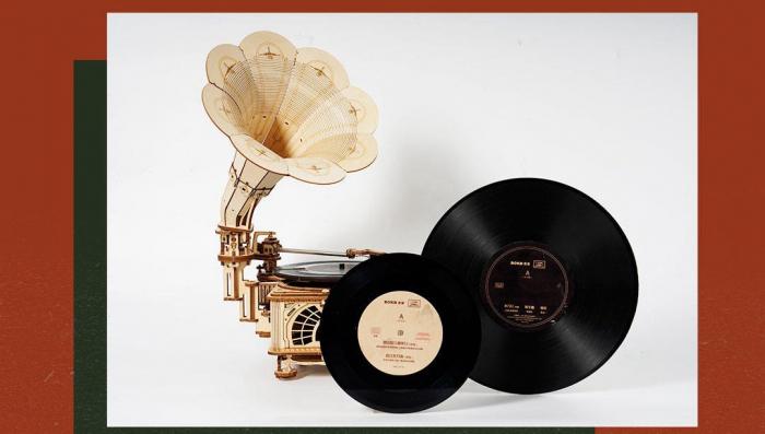 Puzzle 3D, Gramofon clasic, rotire cu manivela sau electrica [3]