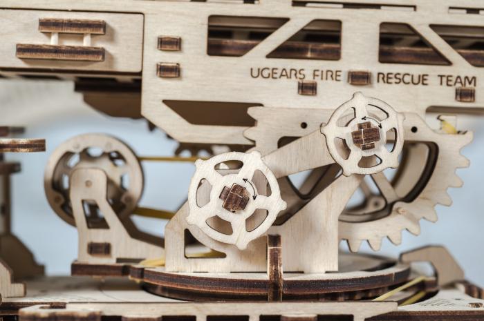 Puzzle 3D Mecanic, Camionul de Pompieri, 537 piese [5]