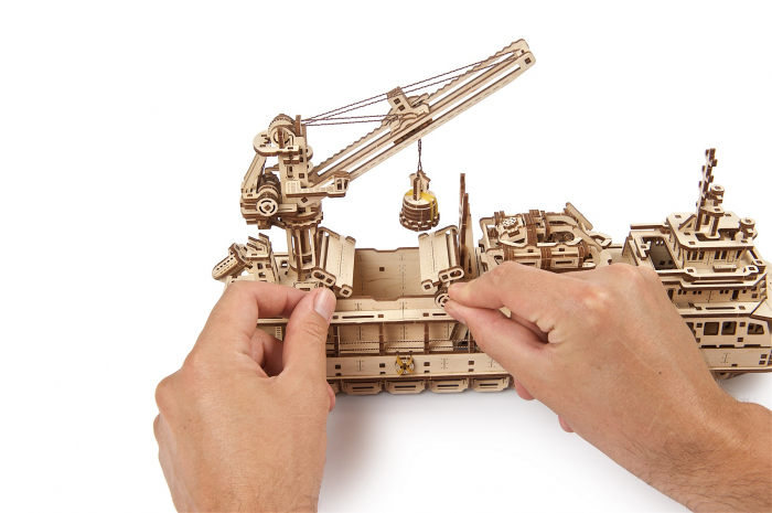 Puzzle 3D Mecanic, Nava de cercetare, 575 piese [14]