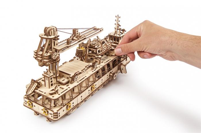 Puzzle 3D Mecanic, Nava de cercetare, 575 piese [18]