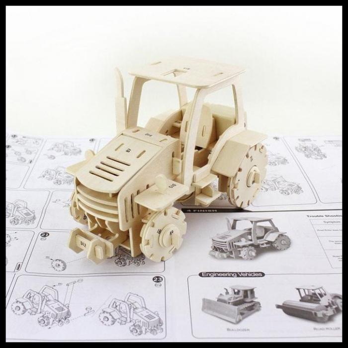 Puzzle mecanic 3D din lemn, cu telecomanda, Tractor, 183 piese [1]