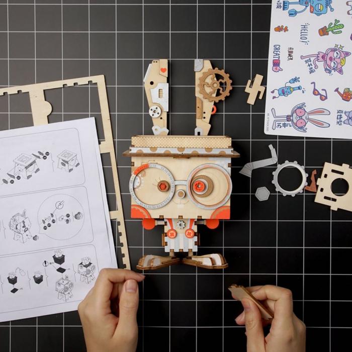Puzzle 3D din lemn, Ghiveci - iepuras, 66 piese [6]