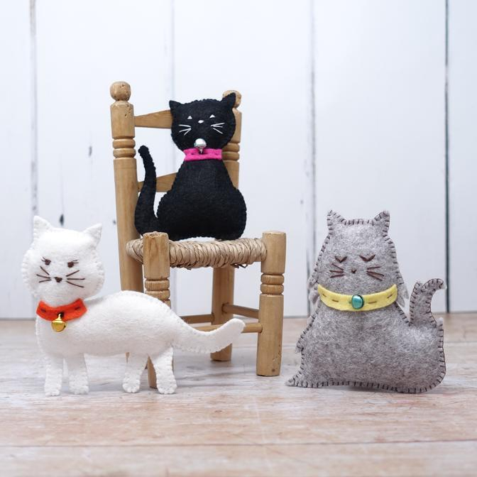 Set creatie jucarii cusute, 3 pisicute [1]