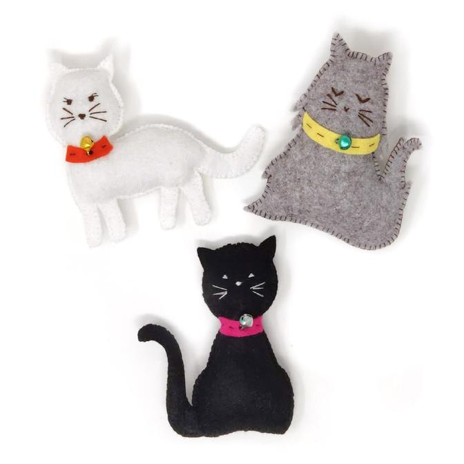 Set creatie jucarii cusute, 3 pisicute [0]