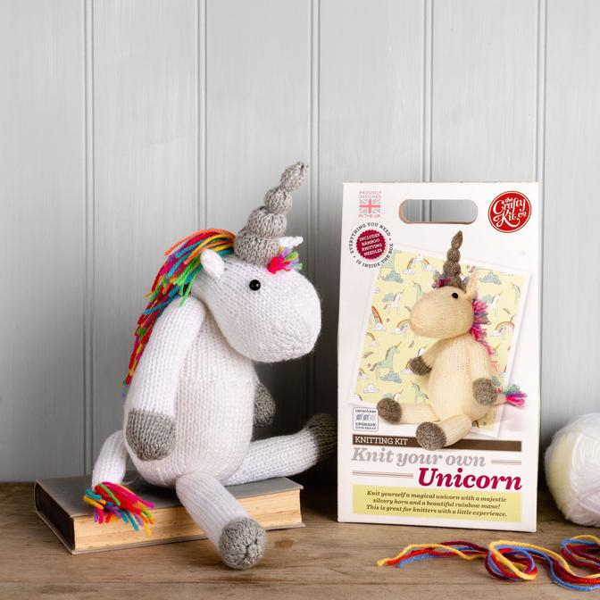 Set creatie jucarii tricotate, Unicorn [1]