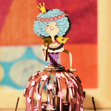 Puzzle 3D Cutie Muzicala, Printesa, Lemn, 118 piese1