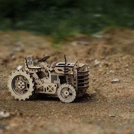 Puzzle 3D Mecanic Tractor, Lemn, 136 piese1