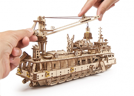 Puzzle 3D Mecanic, Nava de cercetare, 575 piese [19]