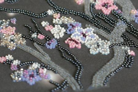 Set broderie cu margele cusute, Sakura noaptea, 12 culori, 20x41 cm3