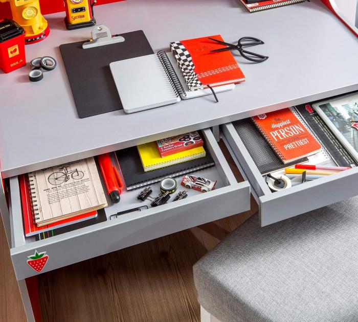 Masa de birou, pentru camera baieti, colectia Race Cup [1]