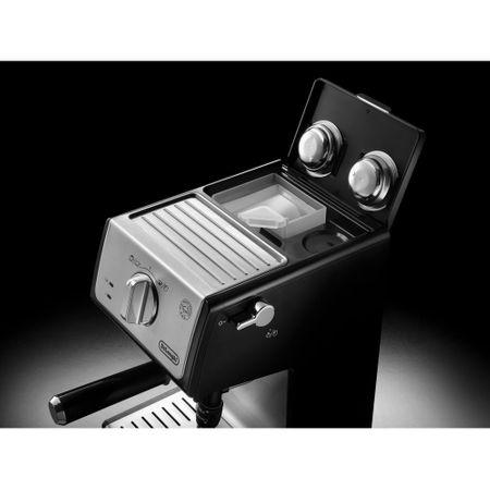 Espressor cu pompa De'Longhi ECP 35.31, 1100 W, 15 bar, 1.1 l, Negru, Suport filtru profesional, Cappuccino system reglabil - functie apa calda [1]