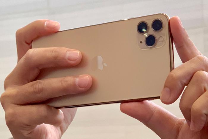 Telefon mobil Apple iPhone 11 Pro Max, 256GB, Gold, Auriu [3]