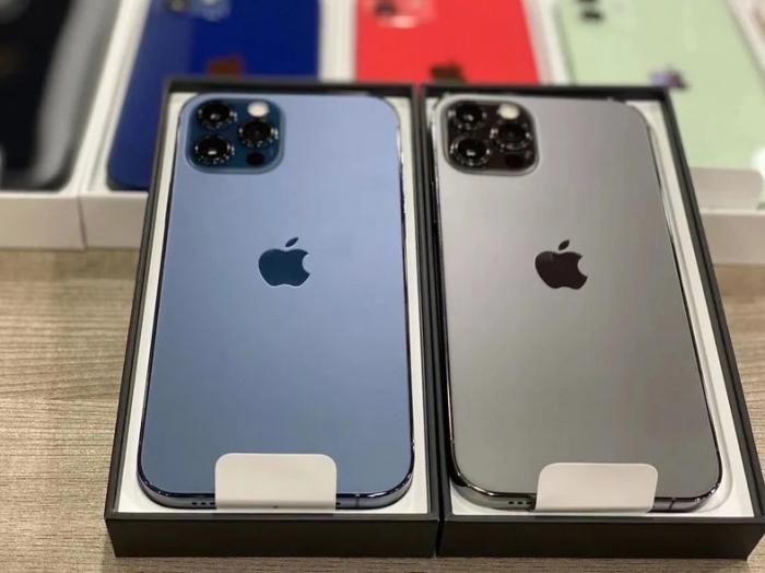 Telefon mobil Apple iPhone 12 Pro Max Pacific Blue 128GB [8]