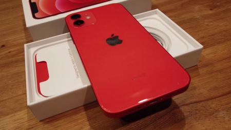 Telefon mobil Apple iPhone 12 Red, Rosu, 64GB, Dual eSim, Super retina XDR [5]