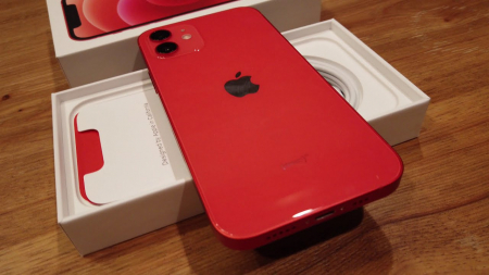 Telefon mobil Apple iPhone 12 Red, Rosu, 128GB, Dual eSim, Super retina XDR [5]