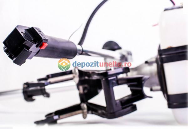 Adaptor pentru motor motocositoare cu elice pentru barca 1