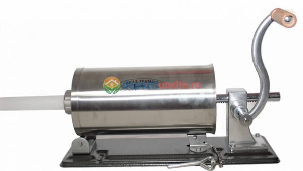 Masina de carnati 5.5kg ORIZONTAL MICUL FERMIER (YG-2010PA) + 5 PALNII + MANUSI 2