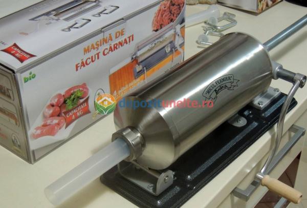 Masina de umplut carnati 4kg Micul Fermier - Orizontal 12