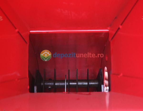 Tocator de crengi si tulpini pe benzina Micul Fermier 6,5CP 5