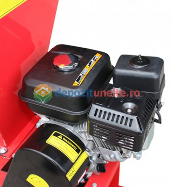 Tocator de crengi si tulpini pe benzina Micul Fermier 6,5CP 6
