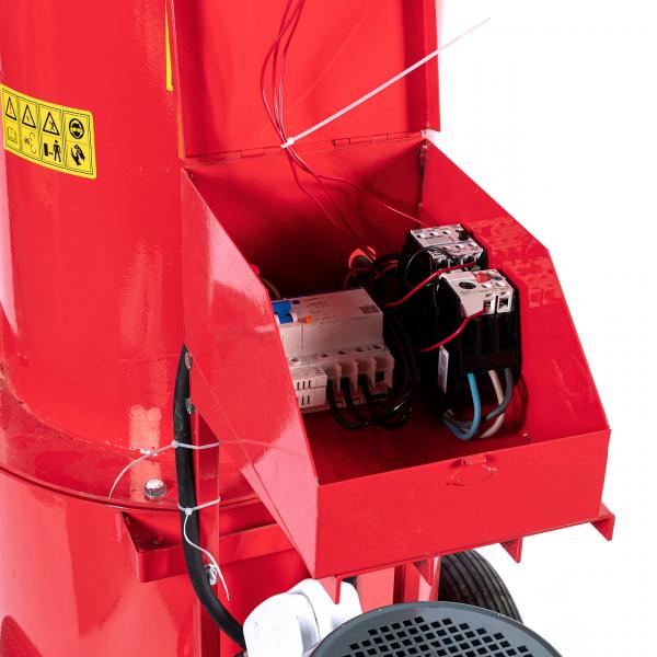 Tocator electric pentru furaje, resturi vegetale si tulpini groase cu motor trifazat 7,5kW, tensiune 380V [11]