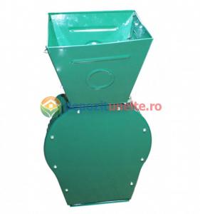 Moara electrica cu ciocanele verde1