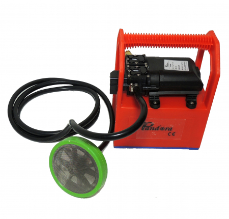 Pompa de stropit cu presiune cu doua motoare 12Vdc alimentata cu acumulator 12Ah - Pandora , presiune 5,5-6,9 bar  cu cadru PORTABIL cu maner Grandepo3