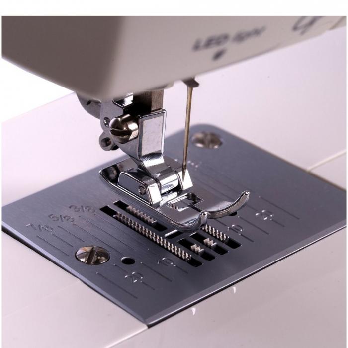 Masina de cusut electromecanica Minerva LV730, 20 programe, 850 imp/min, 70W, Alb/Bleu 5