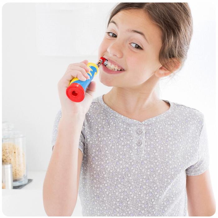 Rezerva periuta de dinti electrica pentru copii Oral-B Frozen EB10-2, 2 buc 3