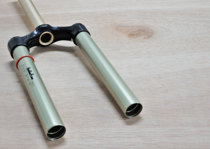"Csu 26"" Black Aluminum Steerer 1 1/8"" - 2012 Reba 1"