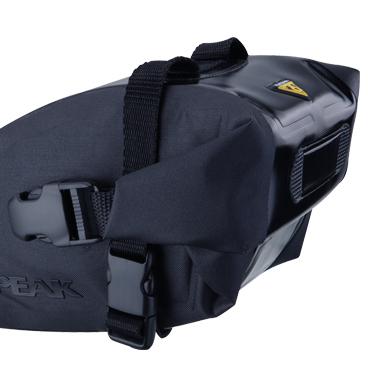 Geanta-Borseta Sa Topeak Wedge Dry Bag, complet rezistenta apa,neagra cu elemente 3M reflectorizante 1