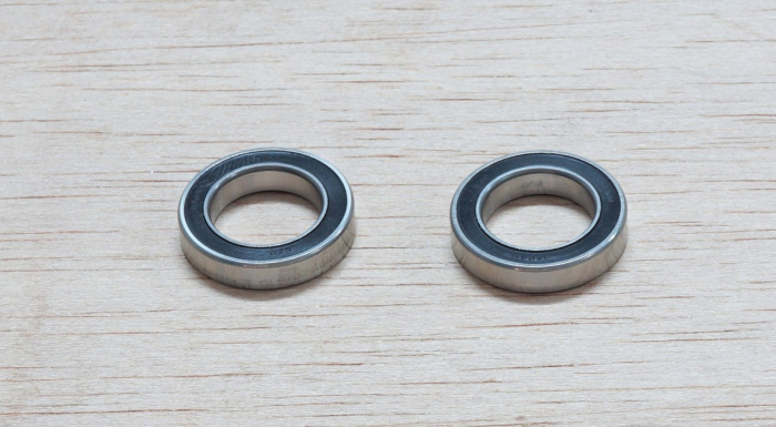 Hub Bearings Front Pair S40/S60/S80 1