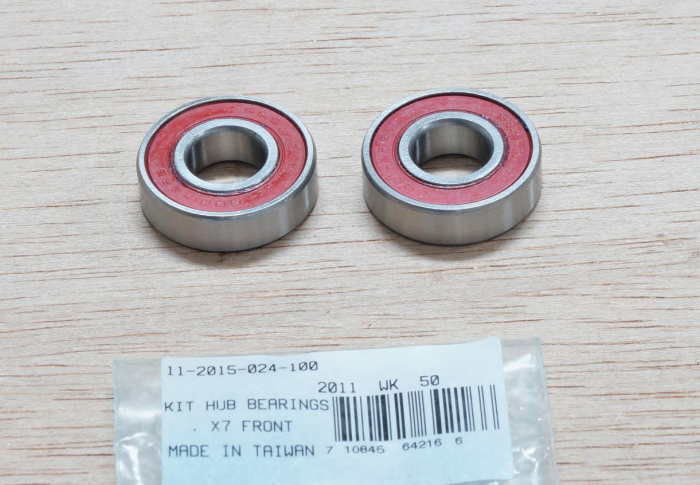 Kit Hub Bearings X-7 Front 1