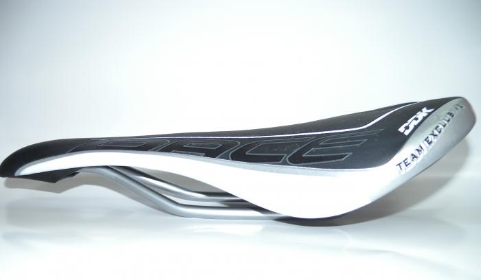 Sa Bicicleta Ddk 5302Exr Race Pro-Excel Negru-Alb-Argintiu 3