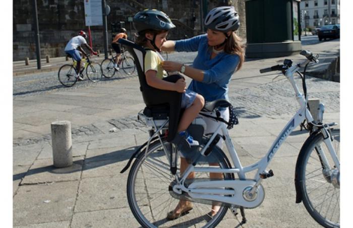 Scaun Copii Polisport Bilby Maxi Cfs, fixare fara scule pe portbagaj spate [1]