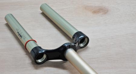 "Csu 26"" Black Aluminum Steerer 1 1/8"" - 2012 Reba2"