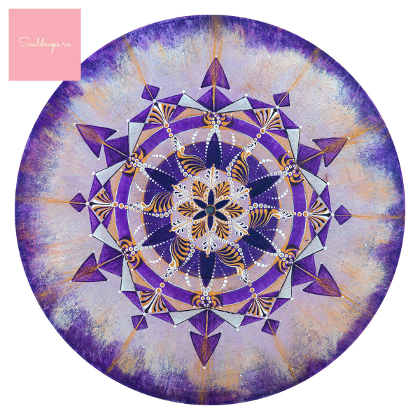 "Sticker decorativ perete - Mandala ""Coroana"" 1"