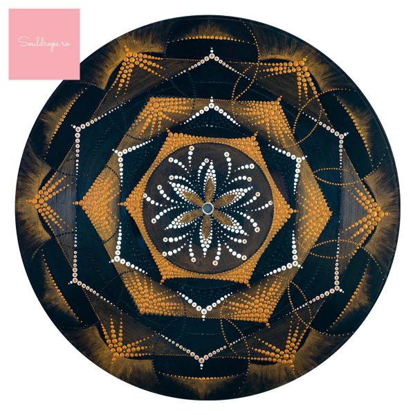 """Sticker decorativ perete - Mandala """"Despre lumină"""" 1"""