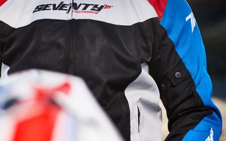 Geaca (jacheta) barbati model Racing Seventy SD-JR48 culoare: negru/rosu/albastru [3]