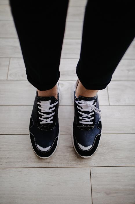 Pantofi Sport talpa alba 0