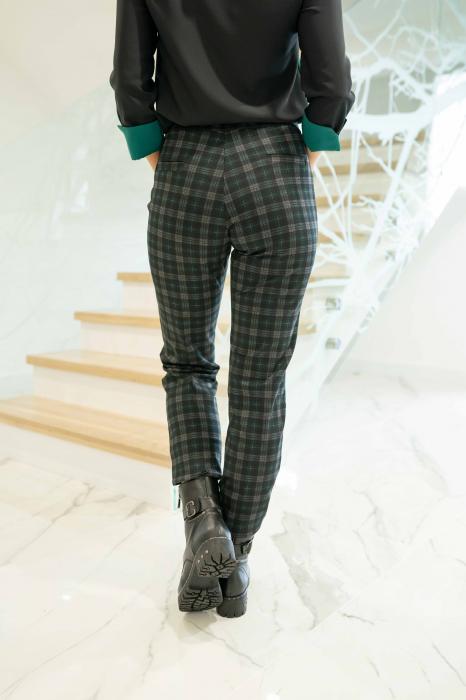 Pantaloni DOLLY de dama cadrilati 3