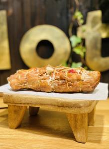 Ruladă de porc cu bacon 500 gr0
